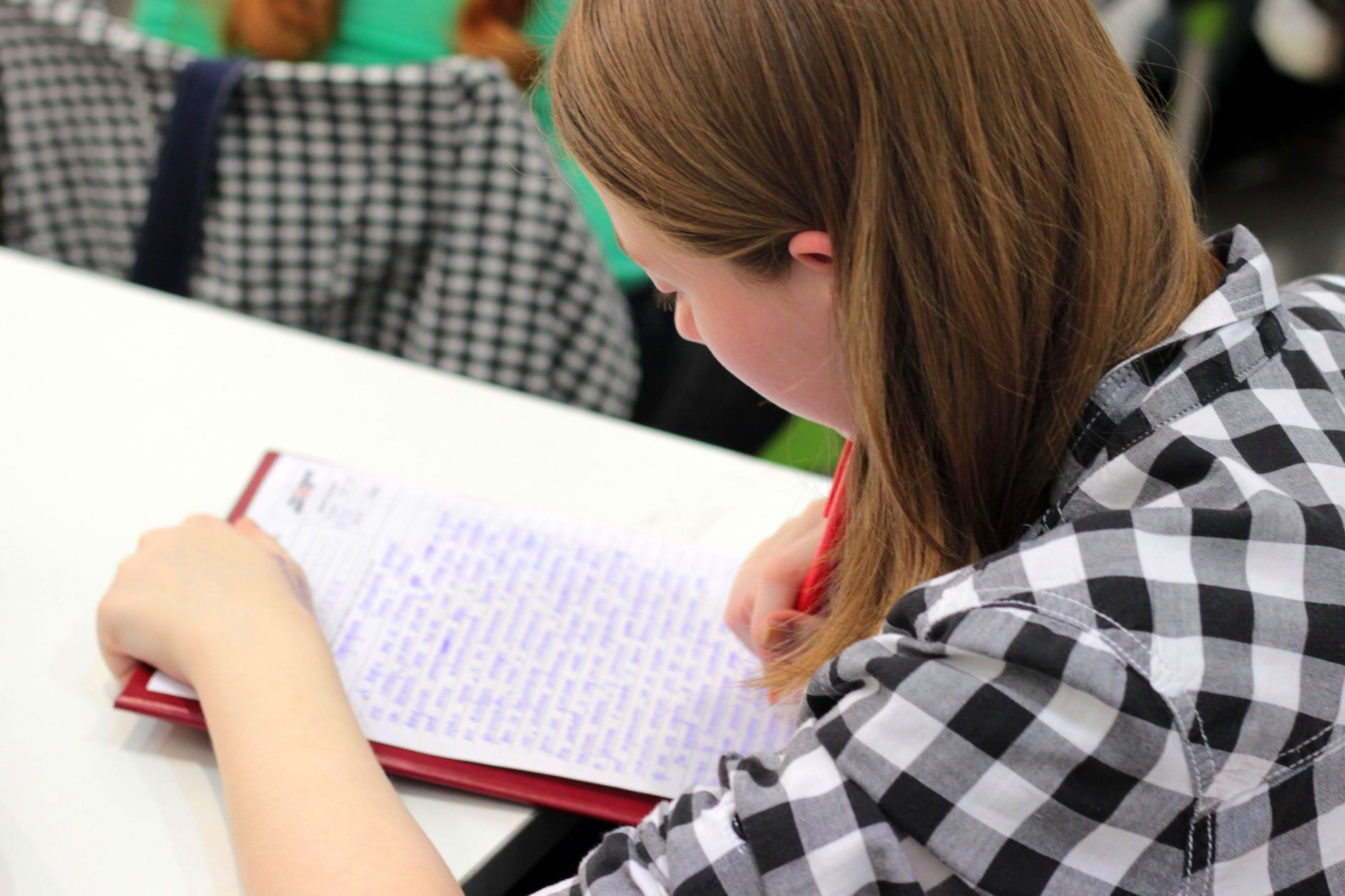Essay Writing Service: The Best Solution for Busy Students`