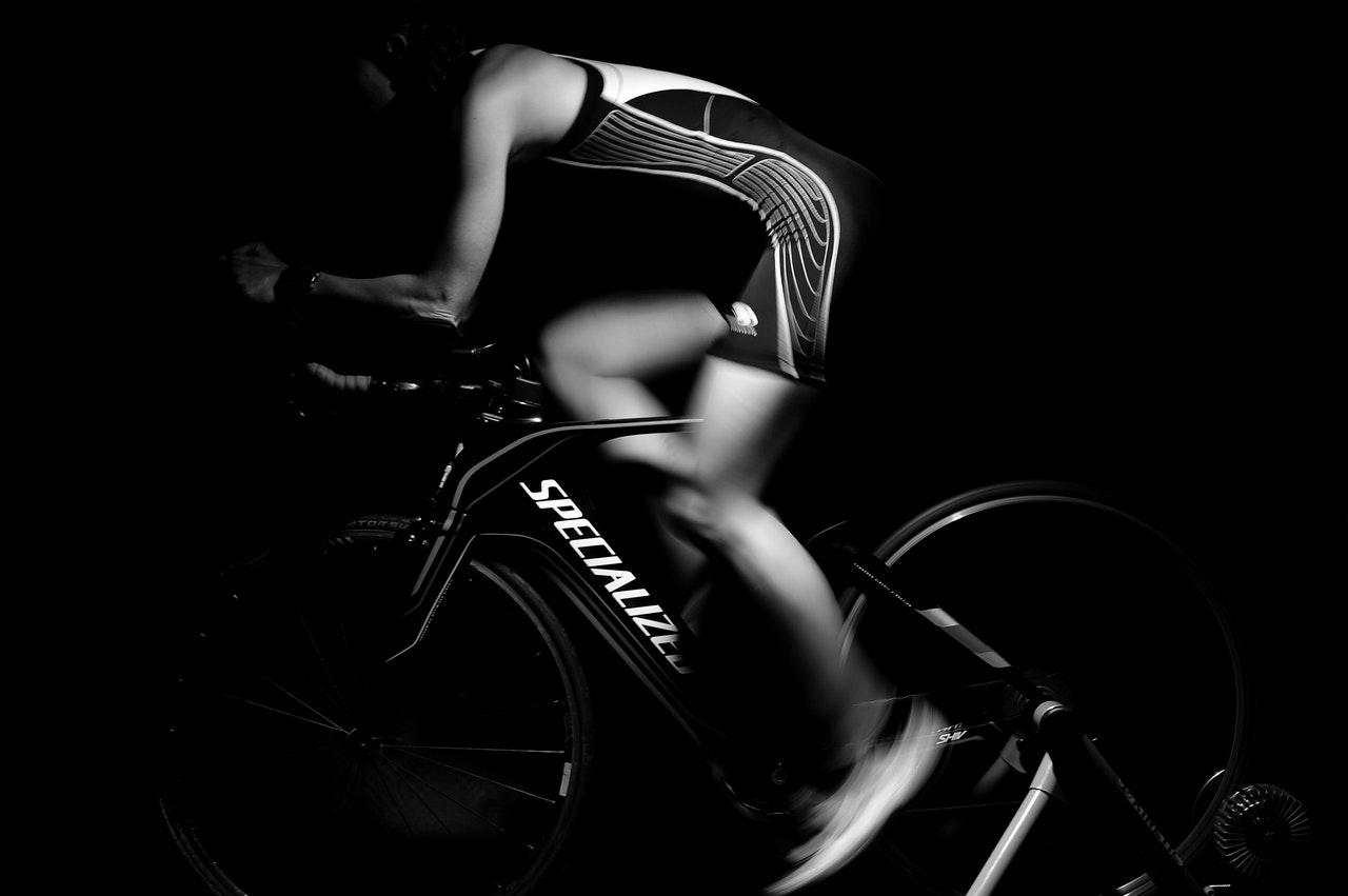 fan bike vs spin exercise bikes