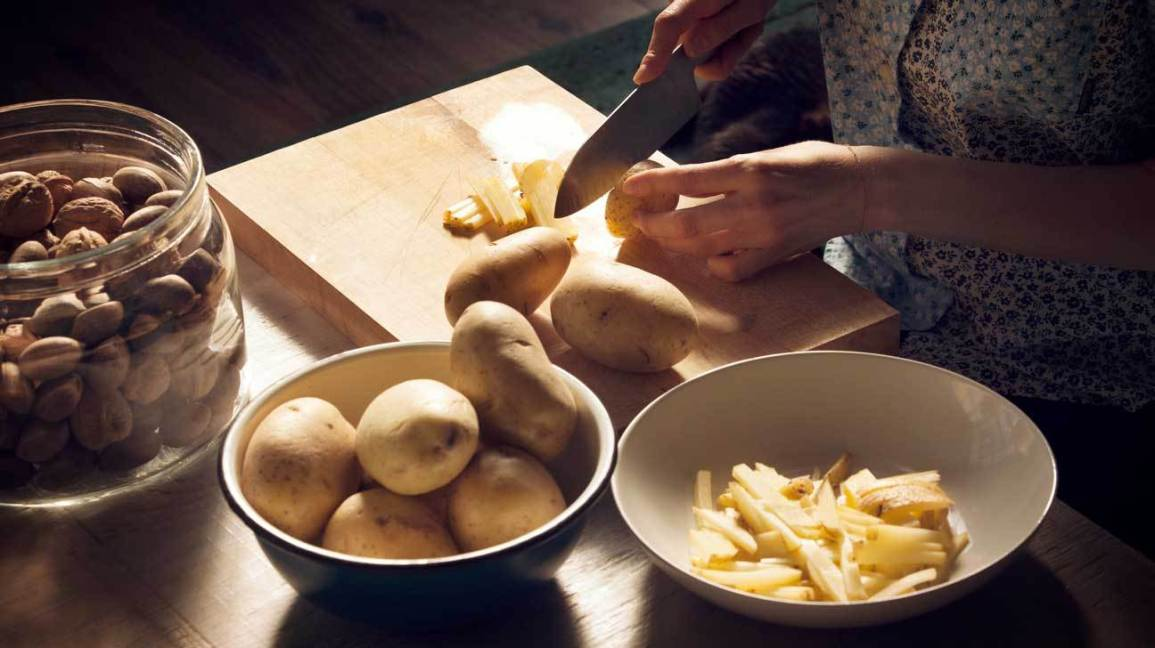 Nutrition Facts and Health Effects of potatoes: