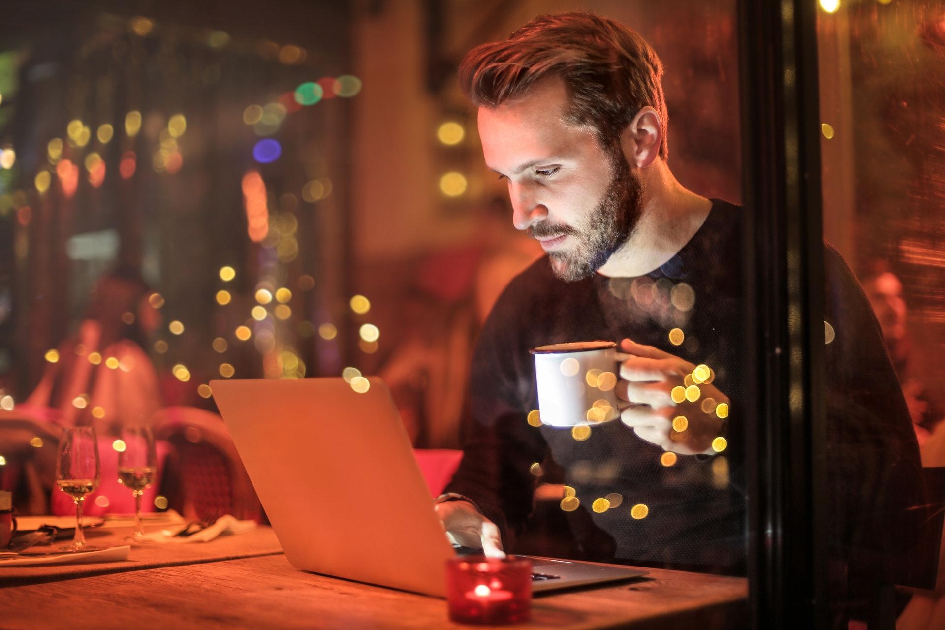 Freelancers Make Money Online 1