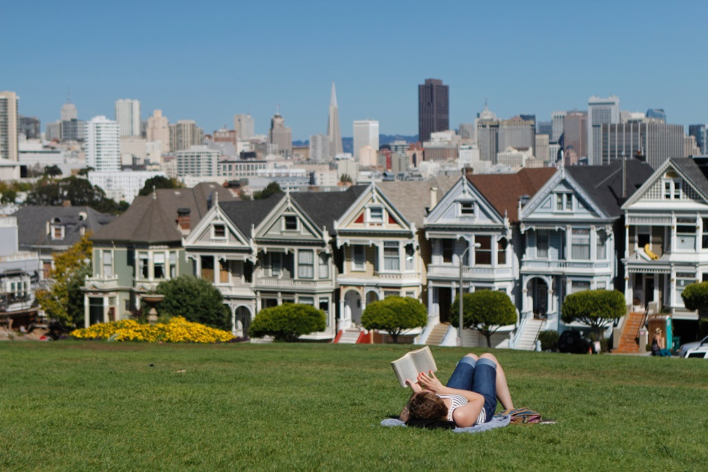 Pros and Cons of Living in San Francisco