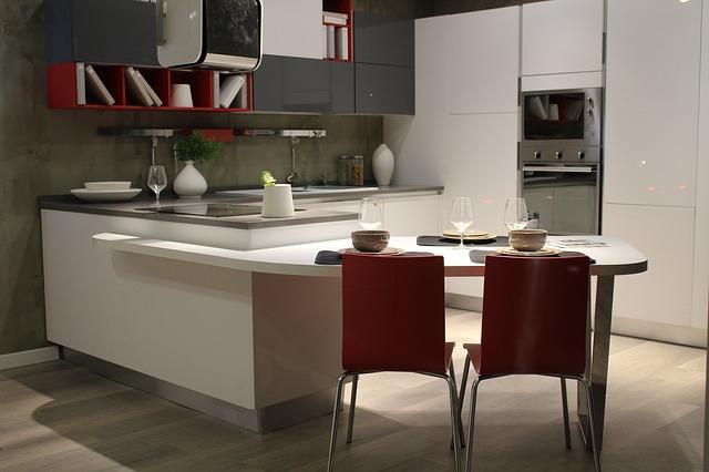 C:\Users\user\Downloads\kitchen-1640439_640.jpg