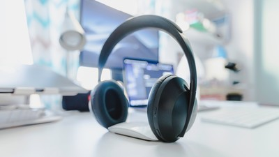 Why Do You Need to Get a Good Office Headset?
