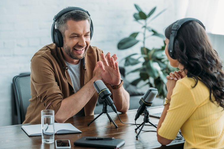 What is a Podcast and how to create your own podcast?