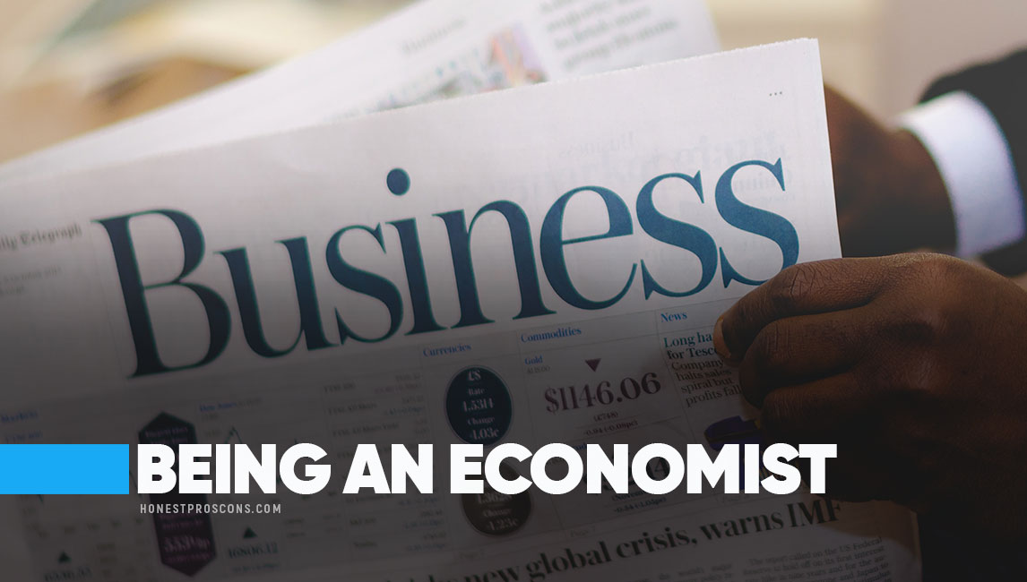 Five Pros of Becoming an Economic Consultant