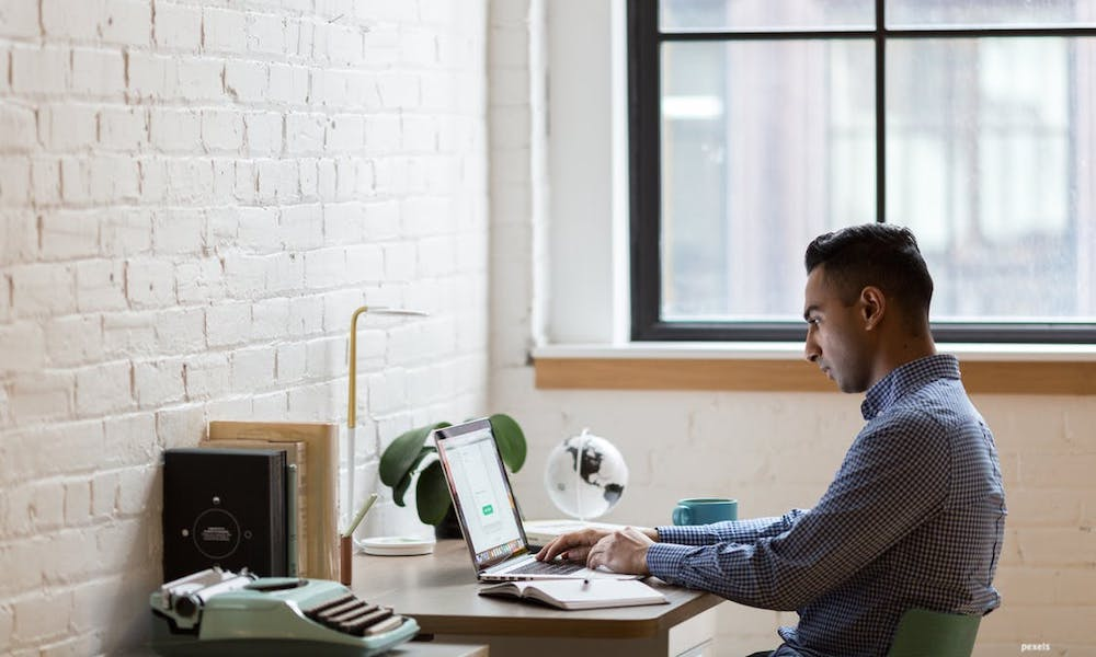 How to Organize Your Startup Office At Home