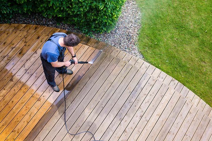 Essential Tips To Maintain Your Decks Sunshine Coast