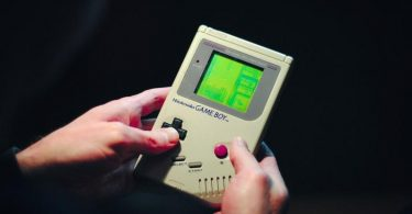 Meet the Developer Who Makes New Cartridges for Game Boy