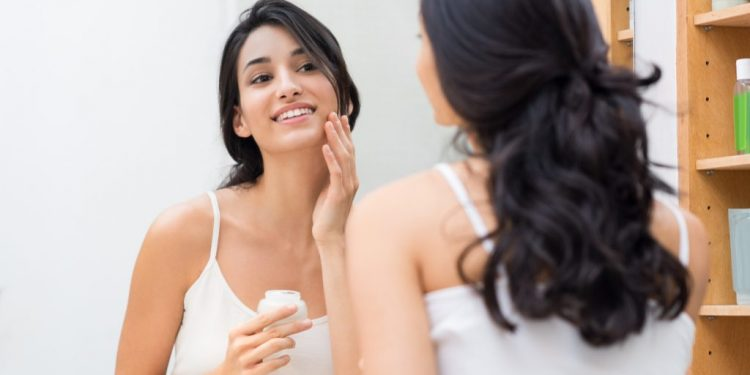 Anti-aging Hacks for the Busy Woman