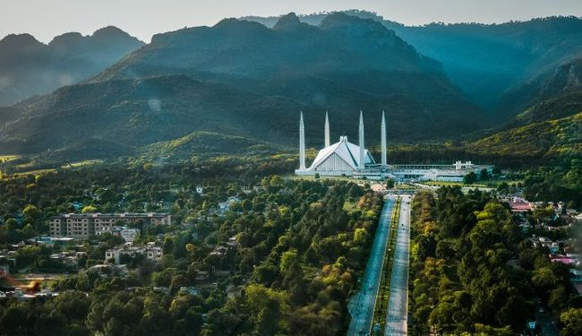 Right from Mosque to Mountains-Places to Visit in Pakistan