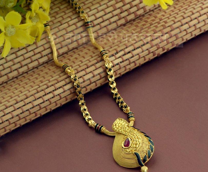 Dazzle Your Look With Waman Hari Pethe Jewellery