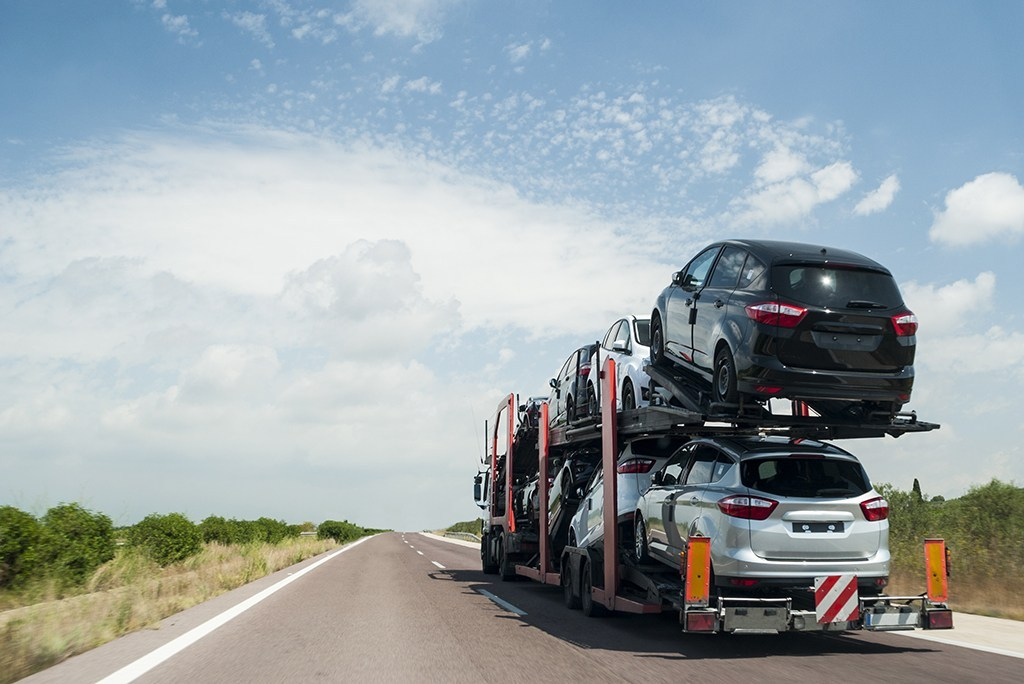 car shipping on road