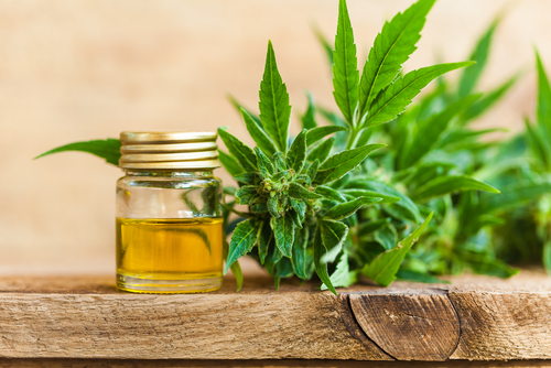 7 Tips for Buying Safe and Effective CBD Products