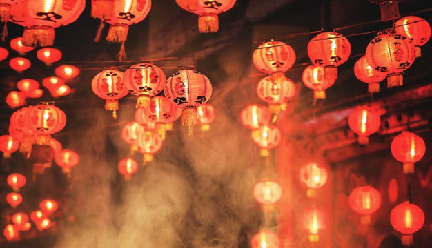How to Decorate for Chinese New Year: The Top 4 Decorations Ideas
