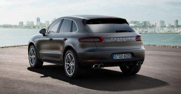 Rent Porsche Macan with RealCar