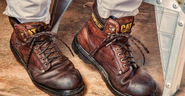 7 Best Working Boots for Men in 2020