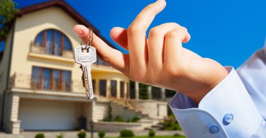 Buying a House: 5 Hidden Benefits of Home Ownership