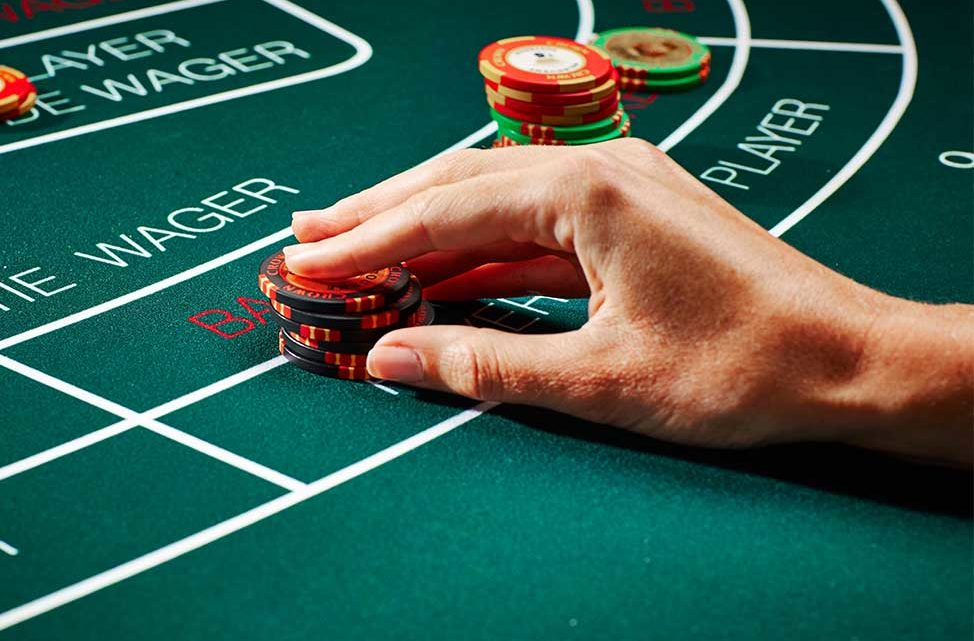 3 techniques for finding double cards Baccarat allows you to make money from winning 11 times bets.