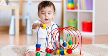 10 Tips on Choosing the Best Toys for Your Children